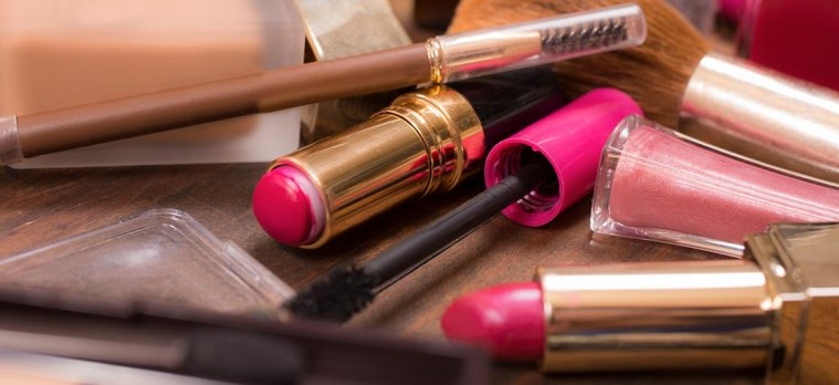 Counterfeit Cosmetics: The Scariest Thing on Store Shelves