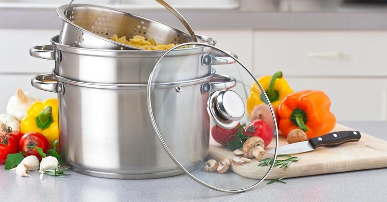 Comparing Cookware: Stainless Steel vs. Copper