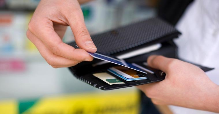 Are Store Credit Cards Worth It? A Guide to the Pros & Cons of Store Credit Cards