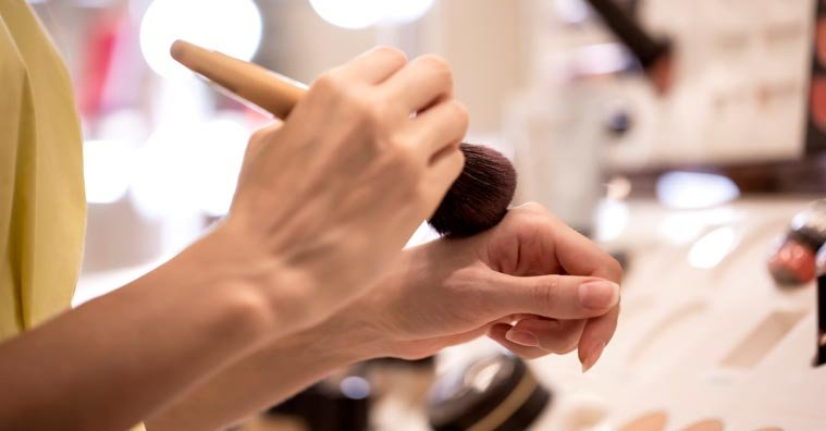 Best Eczema-Friendly Makeup: Recommendations from Experts