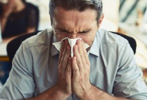 How to Survive Spring Allergy Season: A Comprehensive Guide
