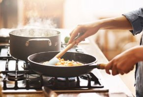 Is Non-Stick Cookware Harmful to Your Health?