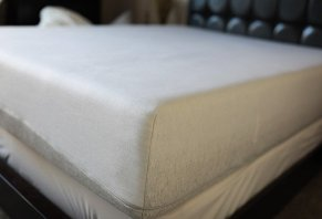Casper Wave Mattress: Our 10 Night Sleep Review